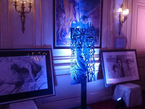 Персональная выставка скульптуры и графики в Париже — «Два пространства в творчестве скульптора Олега Закоморного»