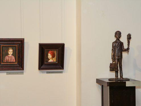 «Когда деревья были большими». Детский портрет в творчестве Татьяны Чувашевой и Олега Закоморного