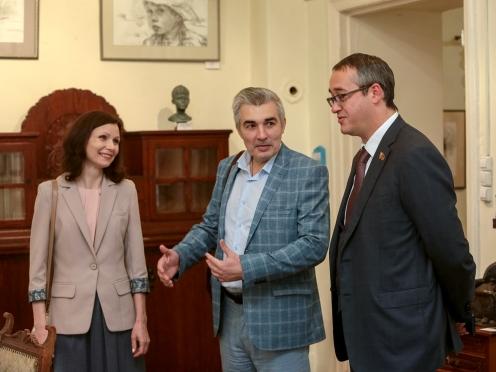 Ирина Закоморная, Олег Закоморный и председатель Мосгордумы Алексей Шапошников
